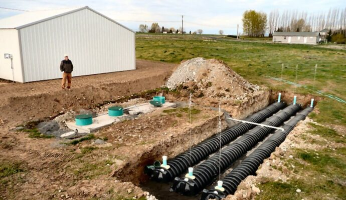 Commercial Septic System-Palm Beach County's Septic Tank Repair, Installation, & Pumping Service Experts-We offer Septic Service & Repairs, Septic Tank Installations, Septic Tank Cleaning, Commercial, Septic System, Drain Cleaning, Line Snaking, Portable Toilet, Grease Trap Pumping & Cleaning, Septic Tank Pumping, Sewage Pump, Sewer Line Repair, Septic Tank Replacement, Septic Maintenance, Sewer Line Replacement, Porta Potty Rentals