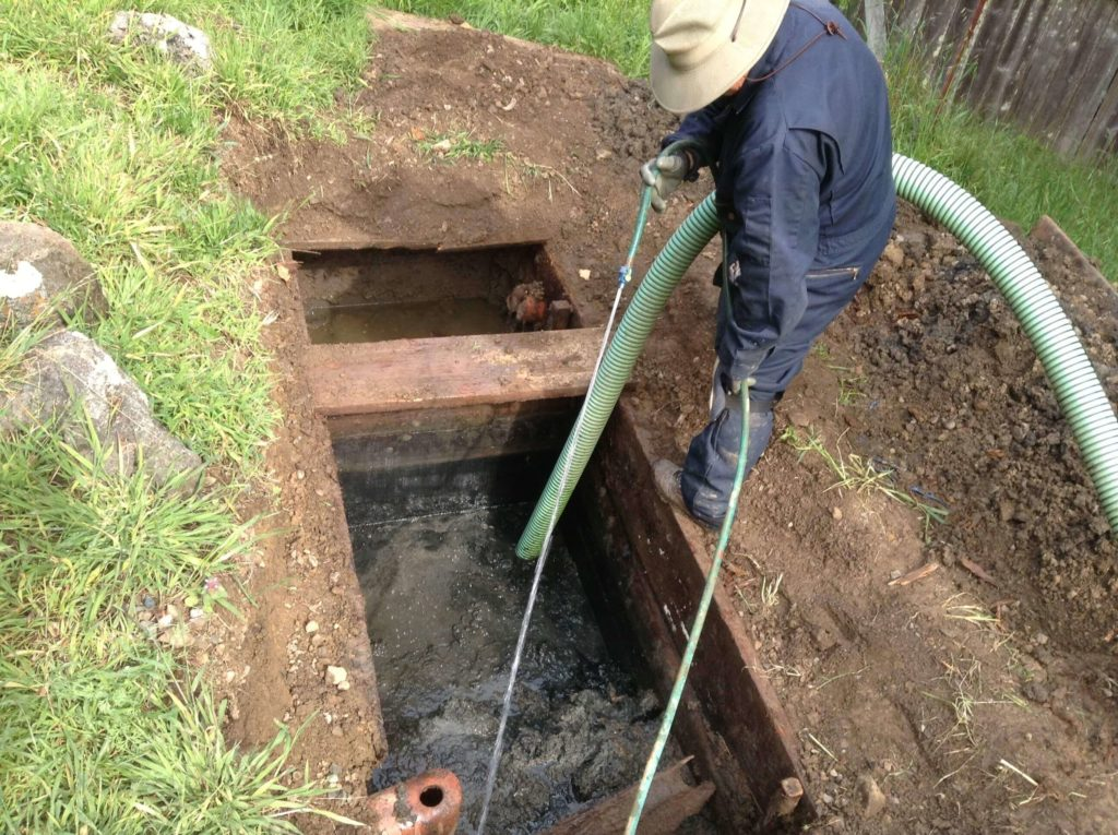 Septic Tank Cleaning-Palm Beach County's Septic Tank Repair, Installation, & Pumping Service Experts-We offer Septic Service & Repairs, Septic Tank Installations, Septic Tank Cleaning, Commercial, Septic System, Drain Cleaning, Line Snaking, Portable Toilet, Grease Trap Pumping & Cleaning, Septic Tank Pumping, Sewage Pump, Sewer Line Repair, Septic Tank Replacement, Septic Maintenance, Sewer Line Replacement, Porta Potty Rentals