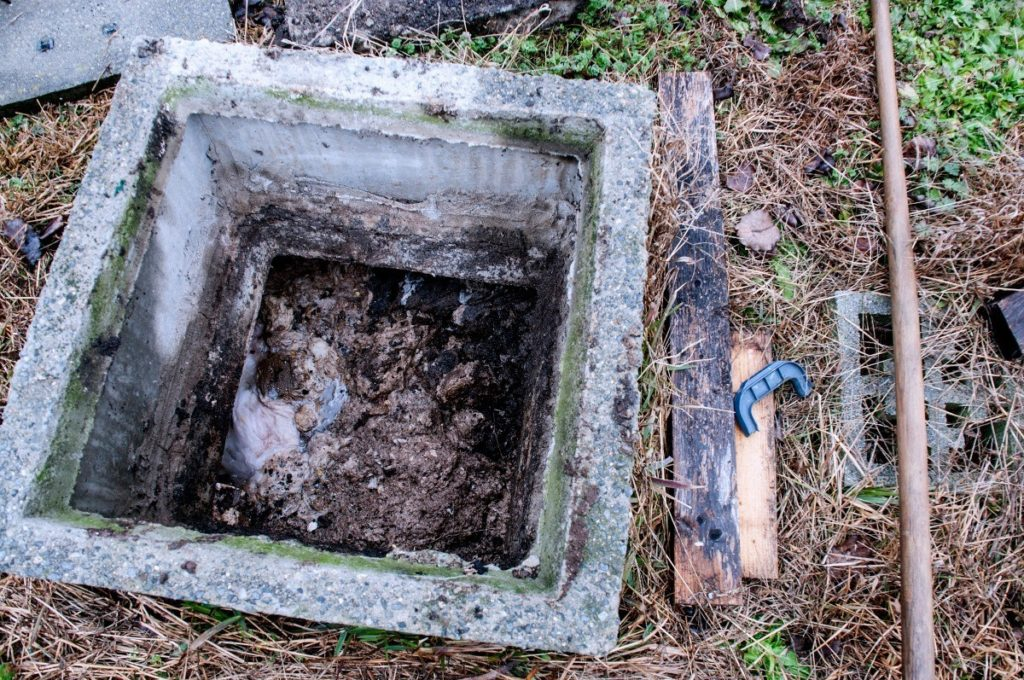 Living with septic tank-Palm Beach County's Septic Tank Repair, Installation, & Pumping Service Experts-We offer Septic Service & Repairs, Septic Tank Installations, Septic Tank Cleaning, Commercial, Septic System, Drain Cleaning, Line Snaking, Portable Toilet, Grease Trap Pumping & Cleaning, Septic Tank Pumping, Sewage Pump, Sewer Line Repair, Septic Tank Replacement, Septic Maintenance, Sewer Line Replacement, Porta Potty Rentals