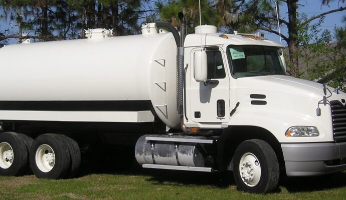 Septic-tank-business-Palm Beach County's Septic Tank Repair, Installation, & Pumping Service Experts-We offer Septic Service & Repairs, Septic Tank Installations, Septic Tank Cleaning, Commercial, Septic System, Drain Cleaning, Line Snaking, Portable Toilet, Grease Trap Pumping & Cleaning, Septic Tank Pumping, Sewage Pump, Sewer Line Repair, Septic Tank Replacement, Septic Maintenance, Sewer Line Replacement, Porta Potty Rentals