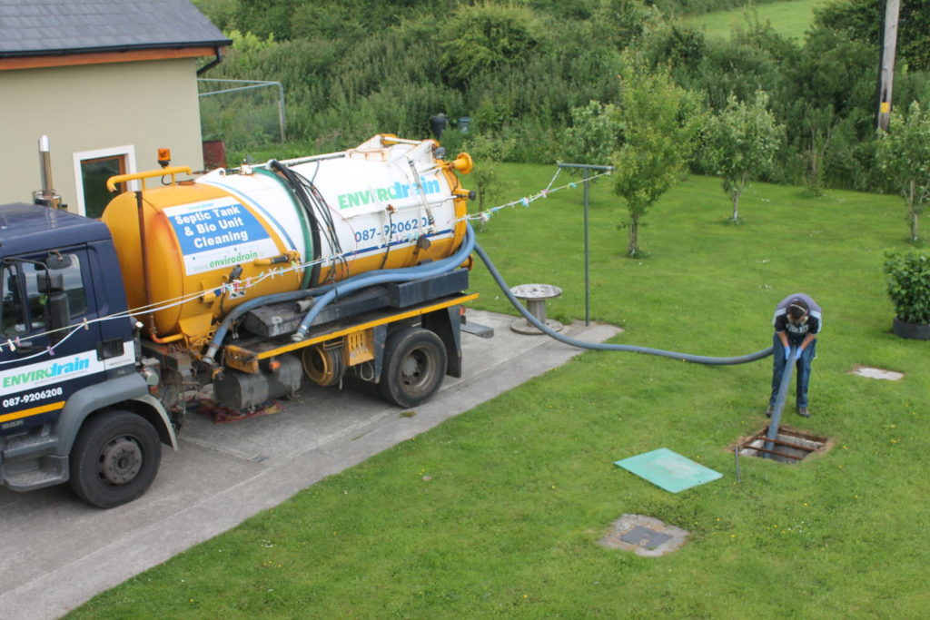 Septic tank cleaning near me Palm Beach County-Palm Beach County's Septic Tank Repair, Installation, & Pumping Service Experts-We offer Septic Service & Repairs, Septic Tank Installations, Septic Tank Cleaning, Commercial, Septic System, Drain Cleaning, Line Snaking, Portable Toilet, Grease Trap Pumping & Cleaning, Septic Tank Pumping, Sewage Pump, Sewer Line Repair, Septic Tank Replacement, Septic Maintenance, Sewer Line Replacement, Porta Potty Rentals
