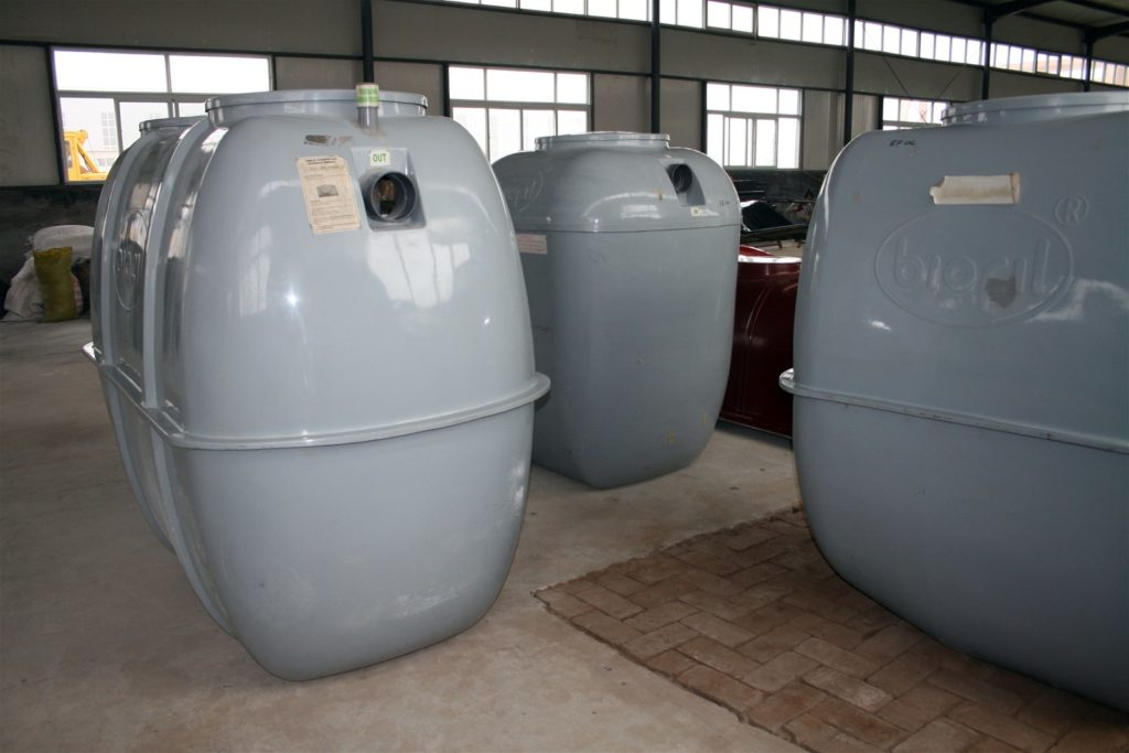 Septic tank suppliers-Palm Beach County's Septic Tank Repair, Installation, & Pumping Service Experts-We offer Septic Service & Repairs, Septic Tank Installations, Septic Tank Cleaning, Commercial, Septic System, Drain Cleaning, Line Snaking, Portable Toilet, Grease Trap Pumping & Cleaning, Septic Tank Pumping, Sewage Pump, Sewer Line Repair, Septic Tank Replacement, Septic Maintenance, Sewer Line Replacement, Porta Potty Rentals